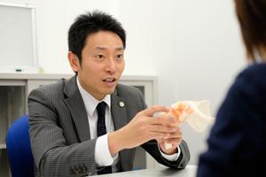 高山弁護士